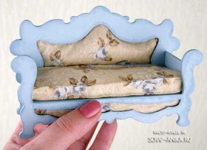 диван для румбокса, диван для куклы, кукольный диван, кукольная мебель, миниатюры
